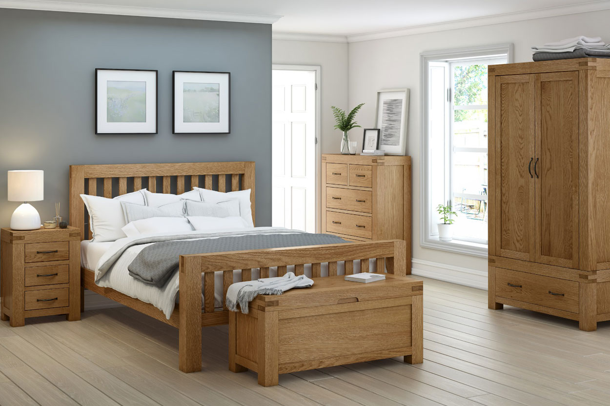 Extra chunky proportions of our Roma rustic oak king size bed